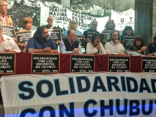 Argentina: docentes acatan paro nacional por mejoras salariales
