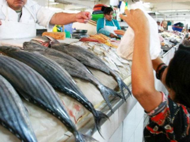 Sube precio de pescado en distintos mercados de la capital