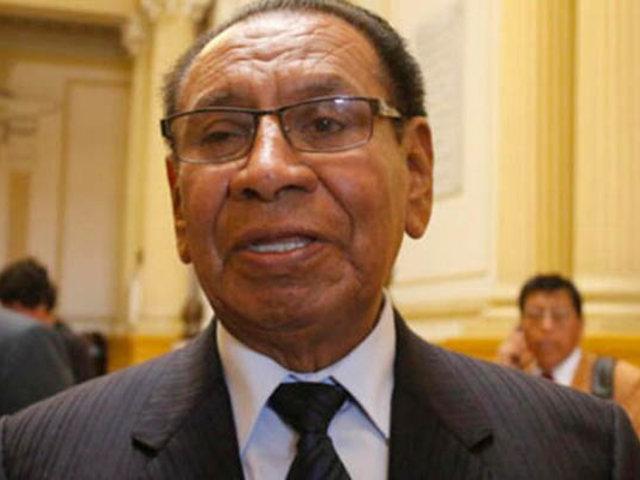 Congresista Justiano Apaza pide la renuncia del premier Salvador del Solar