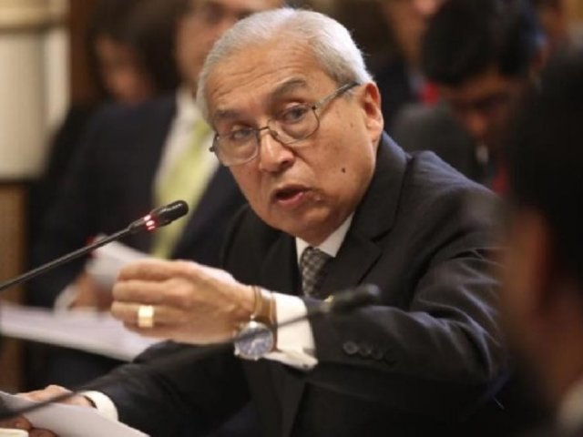 Pedro Chávarry fue suspendido de sus funciones por seis meses