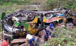 Se incrementa a 17 los muertos tras fatal despiste de bus en Cusco