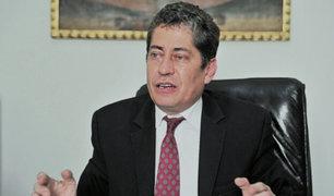 Eloy Espinosa aseguró que primo de Olaechea no puede ser nombrado miembro del TC