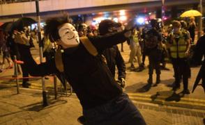 Hong Kong prohibirá el uso de máscaras en las protestas