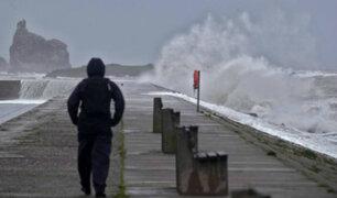 Irlanda: paso de huracán Lorenzo dejo cerca de 12 mil casas sin electricidad