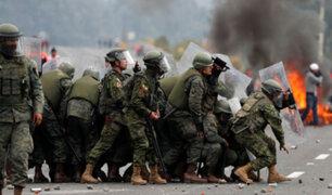 Gobierno de Ecuador negocia liberación de unos 50 militares retenidos por indígenas