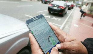Joven denuncia robo de sus tarjetas de crédito tras abordar taxi por aplicativo