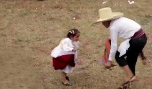 Cajamarca: niña de 3 años sorprende con baile de huayno