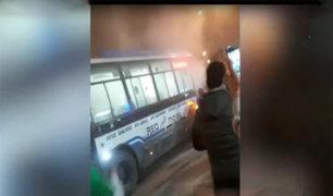 Cercado de Lima: bus se incendia y pasajeros escapan a tiempo
