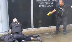 Inglaterra: hombre con cuchillo apuñala a cinco personas en centro comercial