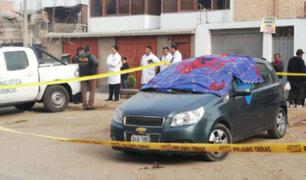 Ate: asesinan a balazos a taxista mientras esperaba a pasajeros