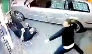 Serbia: hombre atropella a joven que golpeó a su hijo