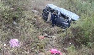 Áncash: ocho muertos y 10 heridos deja despiste de combi a abismo