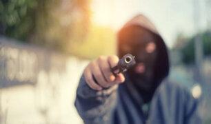 Sicarios asesinan a balazos a padre e hija en el Callao