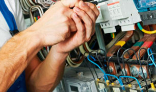 """Cercado: Empresa """"Enel"""" deja sin luz a más de 150 familias"""
