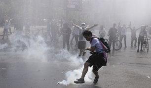 Chile: nuevos enfrentamientos se registran en medio de extendido estallido social