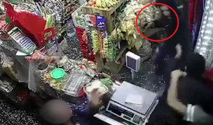 Surco: mujer defiende a su hijo y frustra asalto a mano armada en bodega
