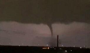 EEUU: tornado golpea Dallas y deja a más de 100 mil personas sin electricidad