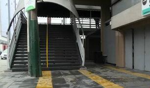 Surco: denuncian que centro comercial Chacarilla se apoderó de veredas