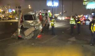 Chofer de trailer provoca quíntuple choque en San Juan de Miraflores