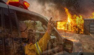 EEUU: ordenan evacuación de 180 mil personas por incendios en California
