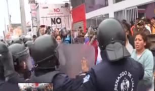 """Ambulantes en terminal Yerbateros: """"No tuvimos problemas con anteriores alcaldes"""""""