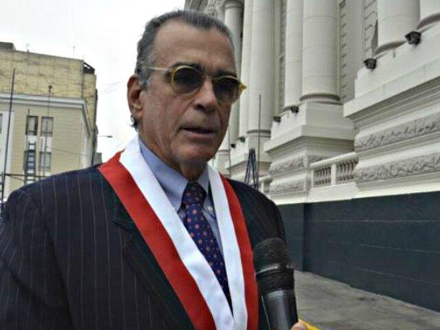 Pedro Olaechea presentó demanda competencial al TC por cierre del Congreso