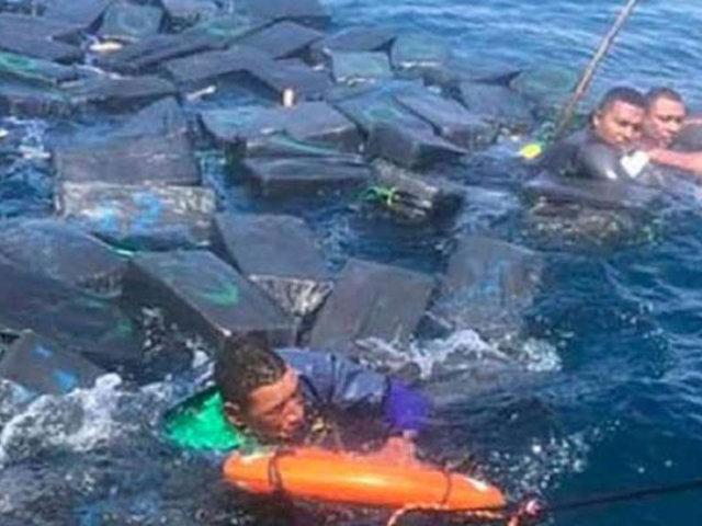 VIDEO: narcos usan paquetes de droga como flotadores tras naufragio