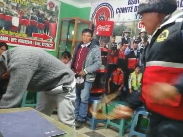 Ronderos de Cajamarca castigan a sujeto que amenazó de muerte a su padre