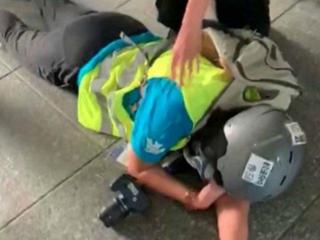 Periodista pierde un ojo en medio de protestas en Hong Kong