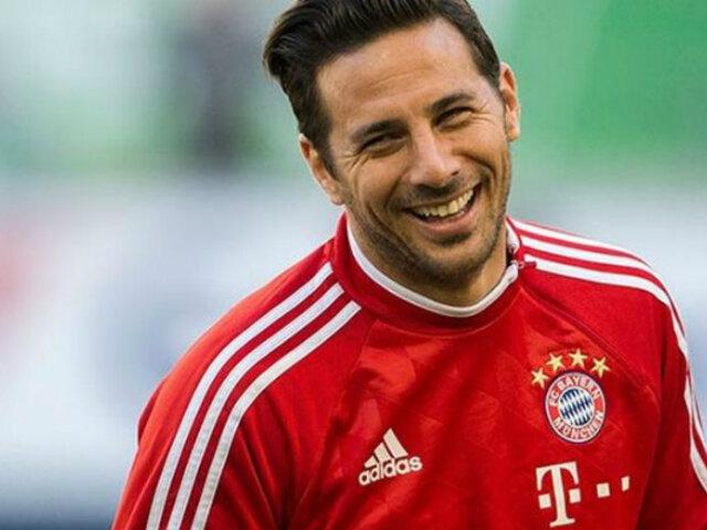 Claudio Pizarro recibe efusivo saludo de Bayern Munich por su cumpleaños