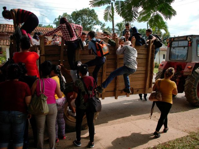 Gobierno venezolano auxilia a Cuba ante grave crisis energética