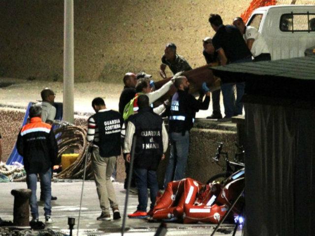 Italia: trece fallecidos deja naufragio cerca a Lampedusa