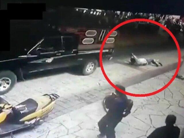 Alcalde es atado y arrastrado en la calle tras incumplir sus promesas electorales