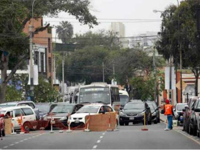 Barranco: vecinos y municipio enfrentados por reordenamiento vehicular