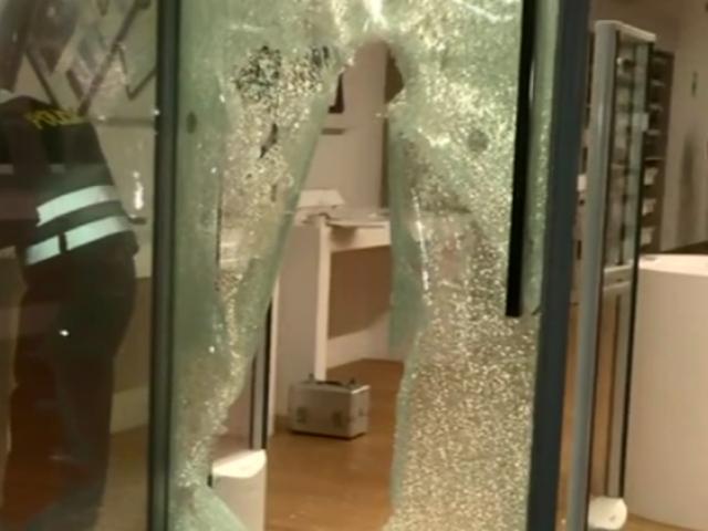 San Isidro: 'comberos' roban más de 100 mil soles en equipos de tienda de electrónicos