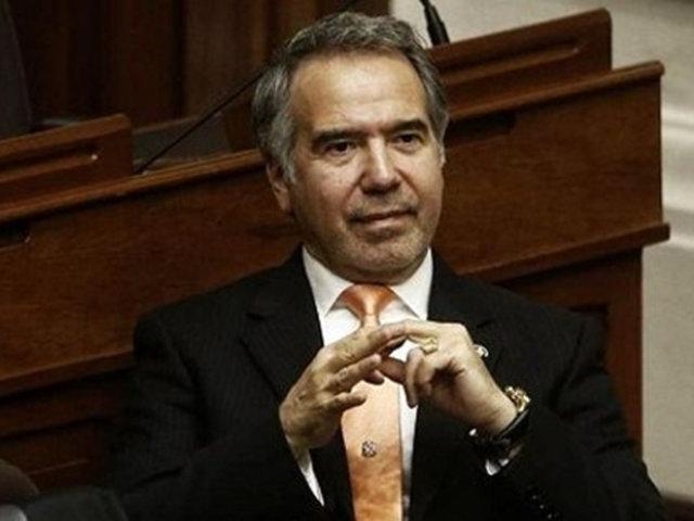 Francisco Petrozzi presenta su renuncia al Ministerio de Cultura