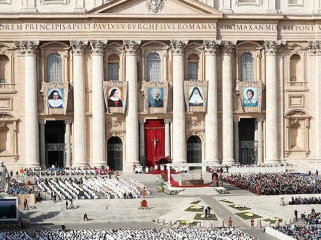 Vaticano: Papa Francisco canoniza a la primera santa de Brasil