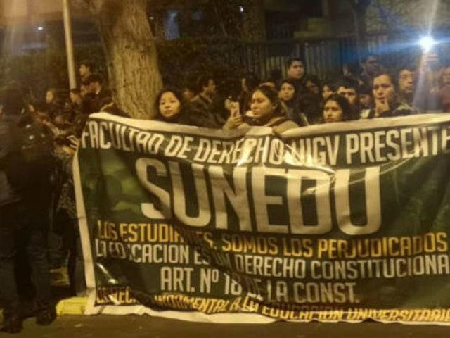 UIGV: Padres, estudiantes y trabajadores exigen salida inmediata de autoridades