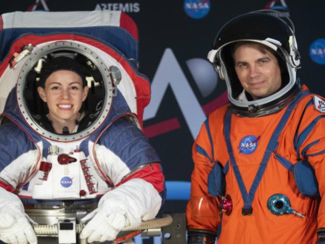 La NASA presentó sus nuevos trajes espaciales para volver a la Luna