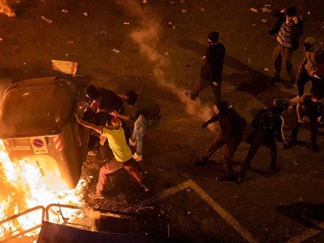 España: más de 180 heridos dejan nuevos disturbios en Cataluña