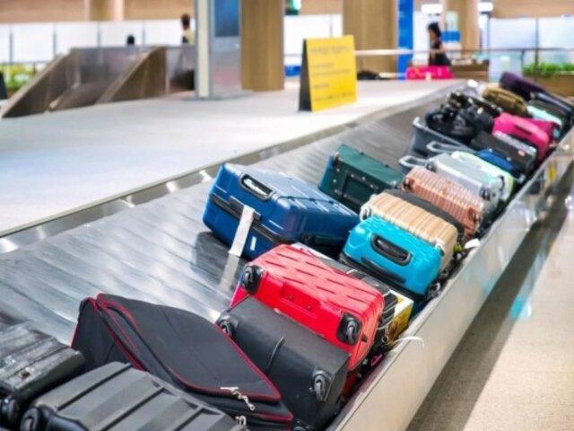 El asombroso método de una pasajera para no pagar exceso de equipaje se hace viral