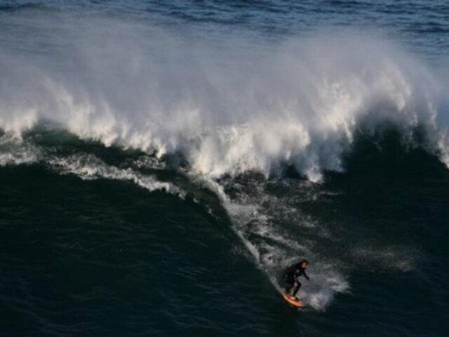 Portugal: brasileño bate récord al surfear la ola más alta del mundo