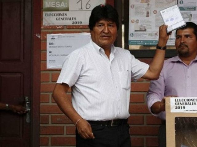 Francisco Belaúnde analiza situación de Bolivia: ¿Hubo o no golpe de Estado?