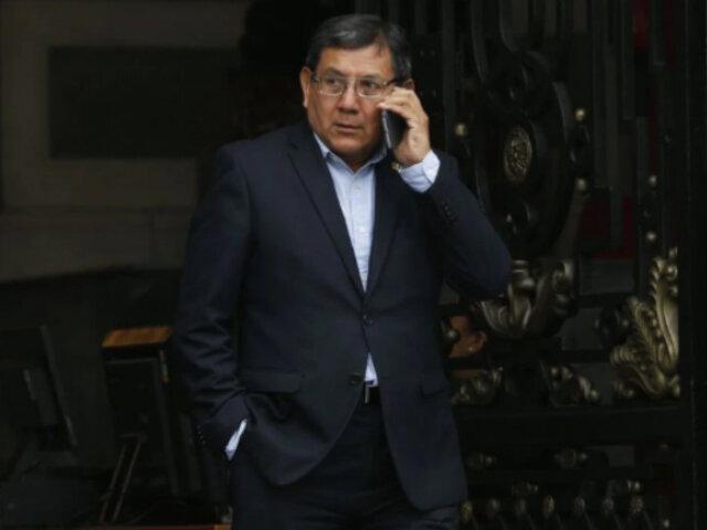Disolución del Congreso: declaran improcedente acción de amparo de Ángel Neyra