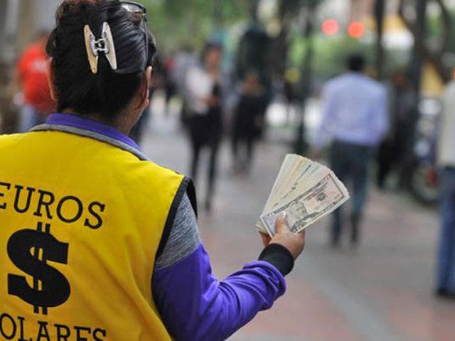 Dólar subió hoy un 0.60% más que lo registrado la jornada anterior