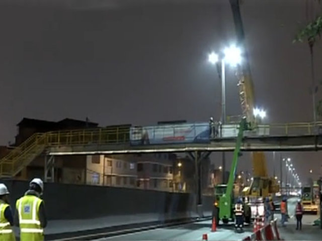 Tras choque de tráiler: desmantelan puente Castilla para su reparación