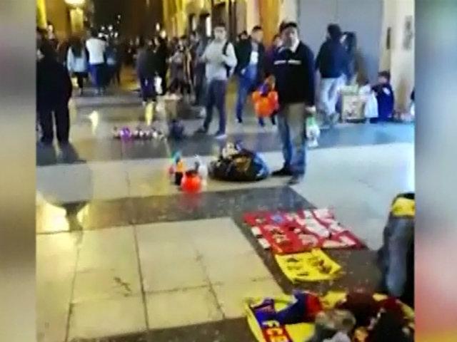 Jirón de la Unión es invadido por ambulantes durante las noches