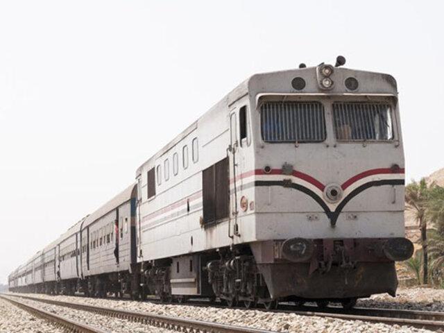 Arrojan de tren en movimiento a dos pasajeros que no tenían boleto