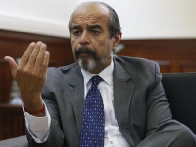 """Mauricio Mulder: """"me rebelo contra la decisión del Tribunal Constitucional"""""""