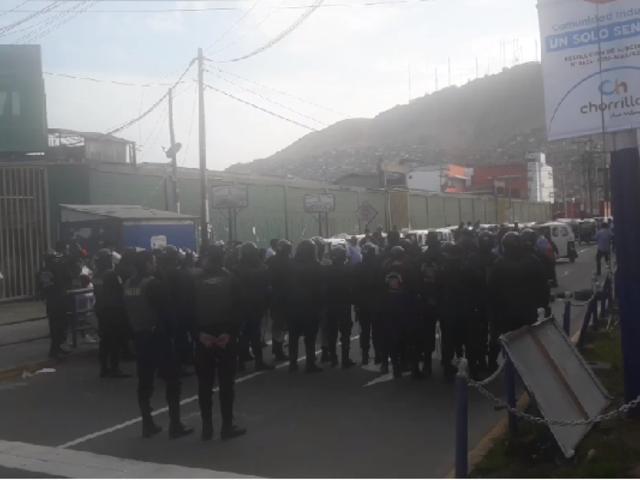 Chorrillos: reportan 3 heridos tras enfrentamiento entre mototaxistas y fiscalizadores